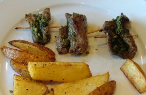 gluten-free pesto steak rollups
